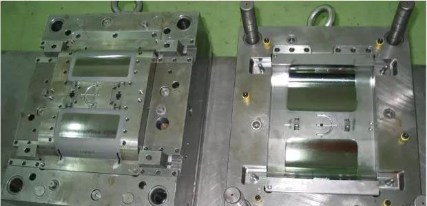 Main points of design of injection mold for flip cover of printer
